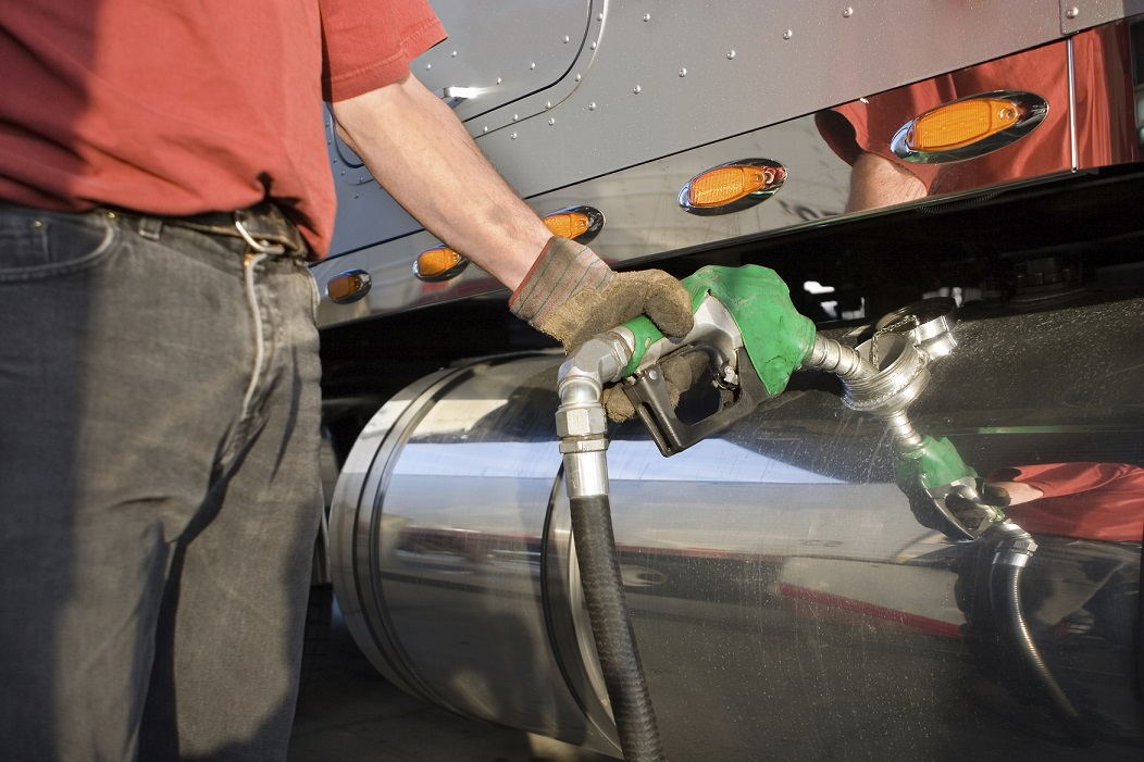 Top Fuel-Saving Tips for Truckers - RMP Capital